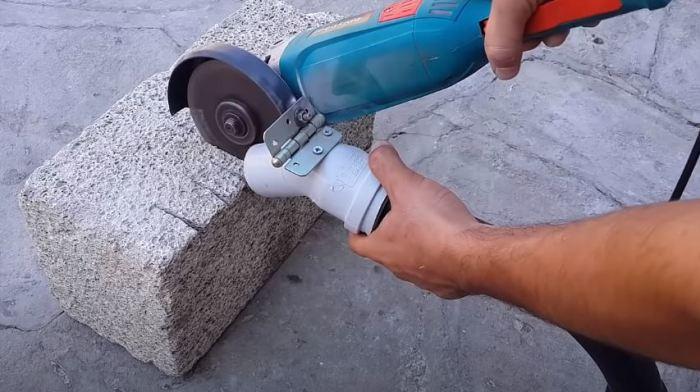 Подключаем пылесос. /Фото: youtube.com.