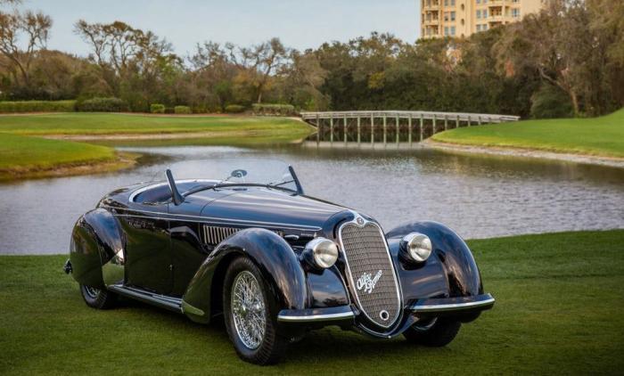 Выглядит Atlantic Coupe действительно потрясающе.
