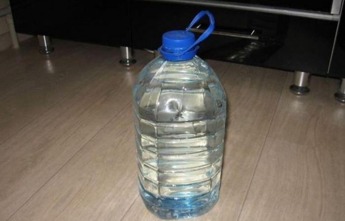 5 способов с пользой применить ручки от 5-литровых пластиковых бутылок