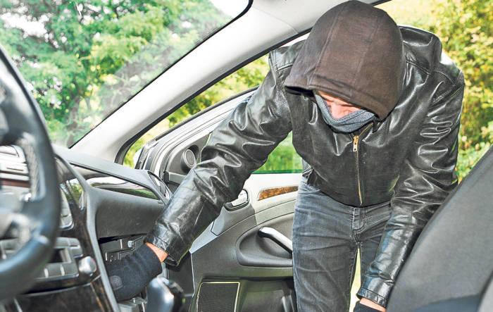 Могут даже угнать машину. /Фото: today.md.