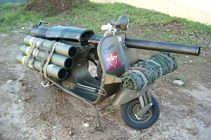 Bazooka Vespa - мотороллер, который мог уничтожать танки.