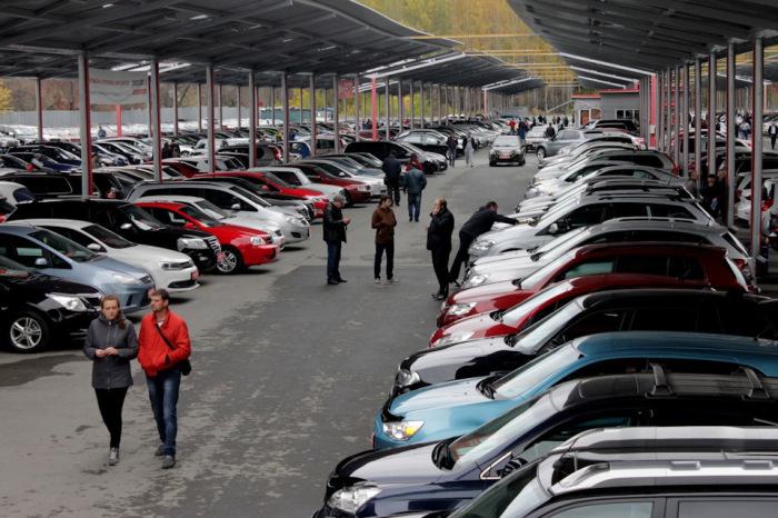 Многие машины часто меняют хозяев. /Фото: tvoe-avto.com.