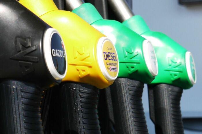Издержки и недобор прибыли ложатся на плечи потребителей. /Фото: gpone.com.