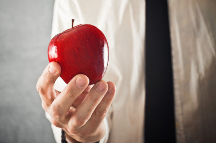 Поможет обычное яблоко. /Фото: idisciple.org.