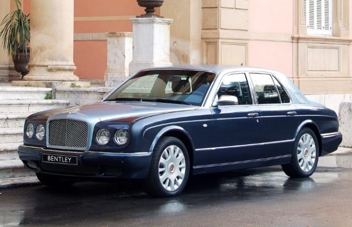 Редкий и аристократичный  Bentley Arnage R.