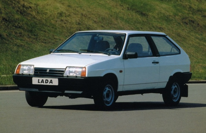 Старый добрый ВАЗ-21083.