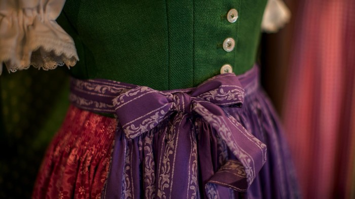Очень красивое, хотя и простое платье. /Фото: rastl.info.