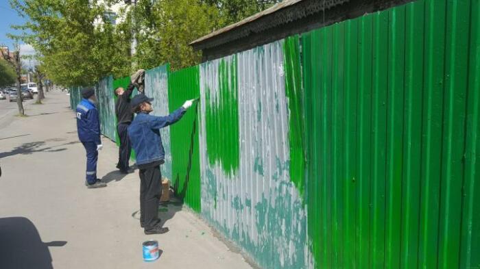 Ограда должна быть не выше 2 метров. /Фото: penza-gorod.ru.