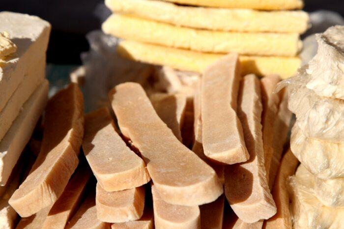 Монголы делали много сыров. /Фото: mongoliafaq.com.