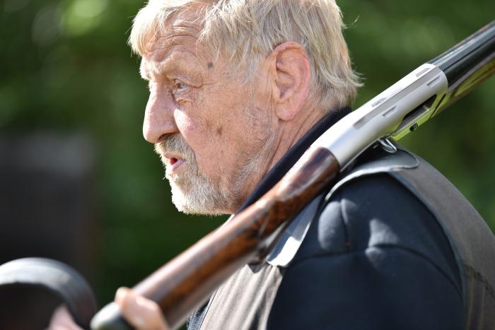 Сначала можно попытаться признать оружие бесхозной вещью. /Фото: pxhere.com.