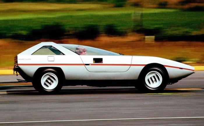 Alfa Romeo Caimano создан легендарным мастером дизайна.