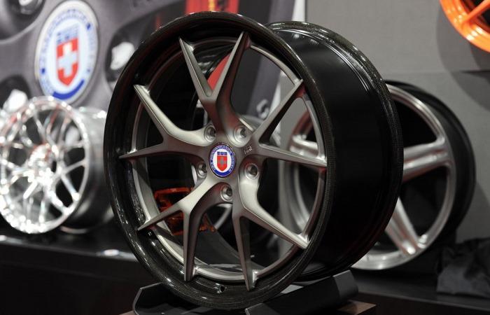Чем отличаются колесные диски.