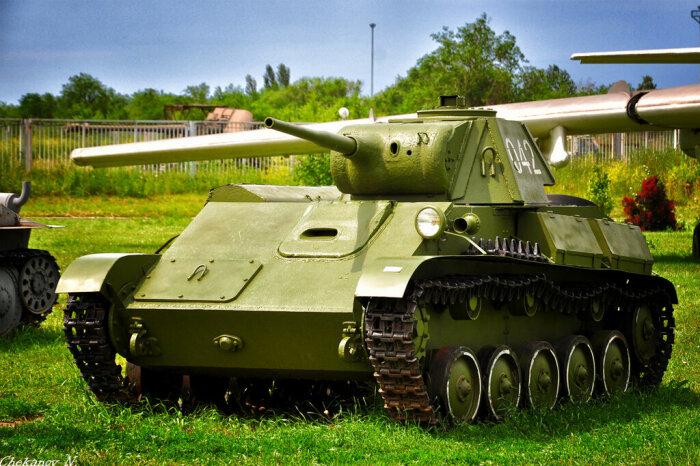 Создавался как танк сопровождения пехоты. /Фото: livejournal.com.