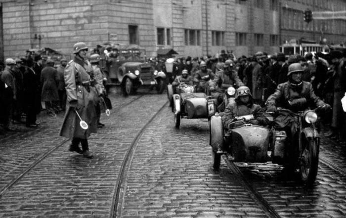 Германия готовилась к войне. /Фото: pinterest.ru.