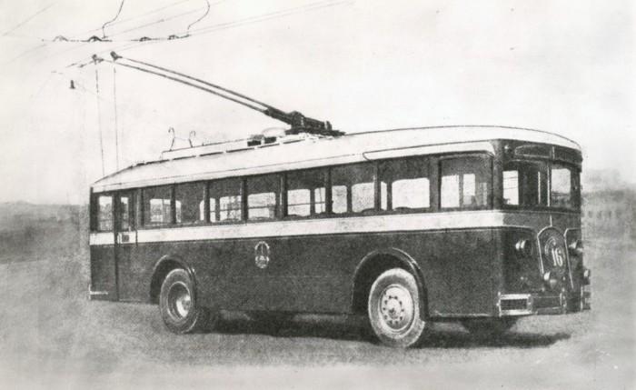 Настоящий троллейбус ЛК-1.