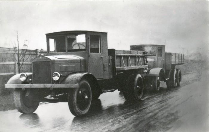 Грузовик ЯС-1.
