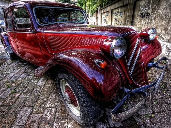 Простые авто не так интересны. /Фото: million-wallpapers.ru.