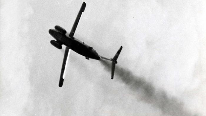 Самолет Martin XB-51 на 3 моторах.