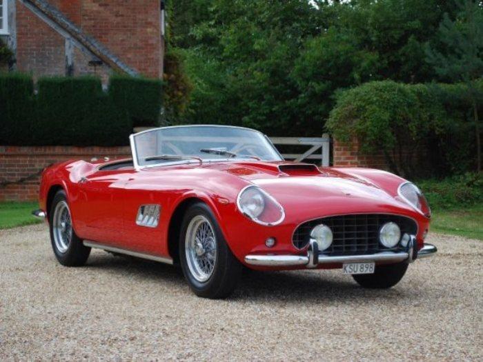 Отличный автомобиль Лионеля Месси - раритетный Ferrari 335 S Spider Scaglietti.