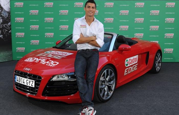 Автомобили, которые выбирают звезды футбола.