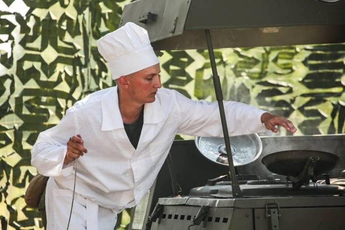 служба на кухне всегда была в почете. /Фото: минобороны.рф.