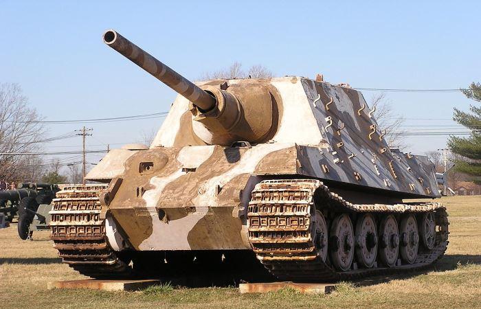 Уникальный немецкий танк, который ждала неудача.