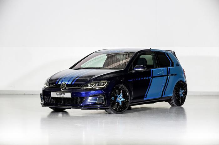 Golf GTI - первый гибридный автомобиль от VW.