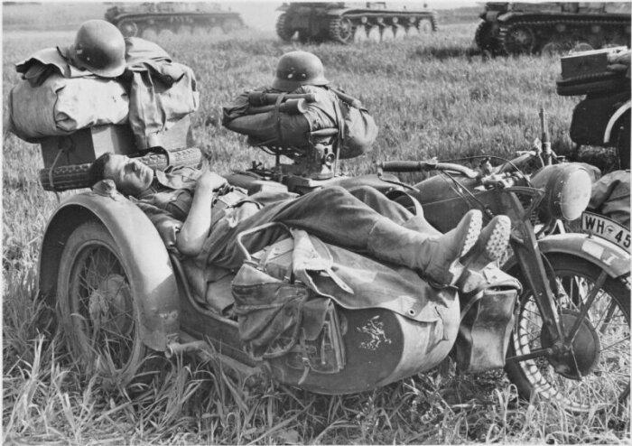 Сегодня такие мотоциклы уже не делают. /Фото: m.fishki.net.