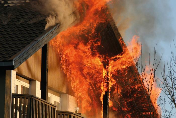 Дело легко дойдет до пожара. /Фото: rainbow-international.de.