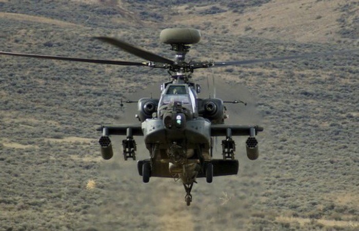 Вертолет AH-64E «Apache Guardian».