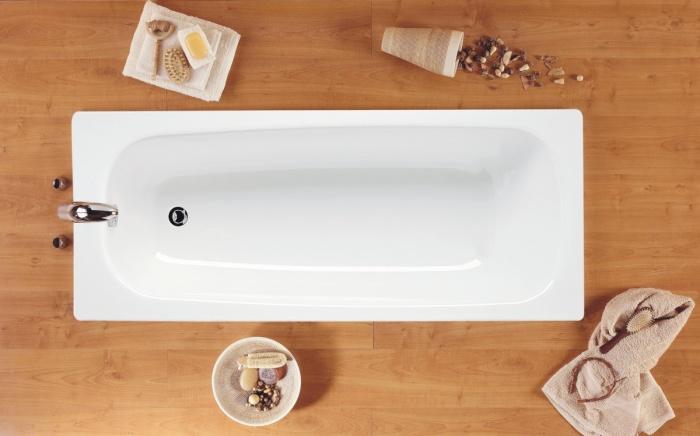Стальная ванна еще нежнее. /Фото: santos.by.