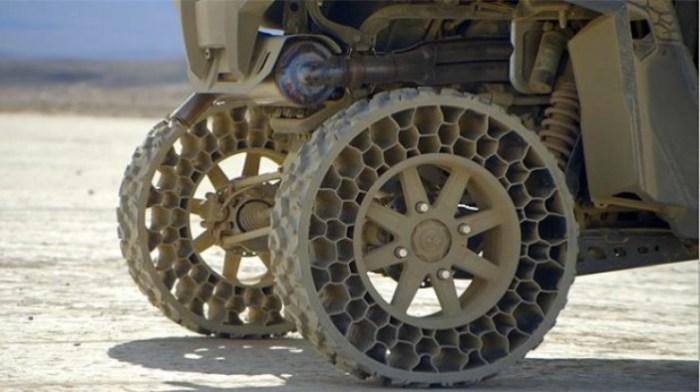 Революционные шины, которые не могут быть пробиты.