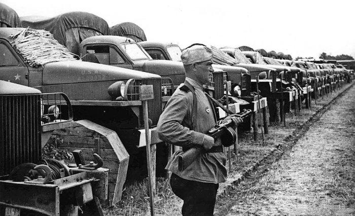 Многие авто пришли в рамках союзнической поддержки.