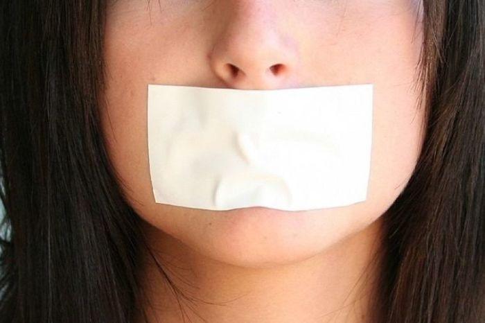 Молчать нельзя говорить.
