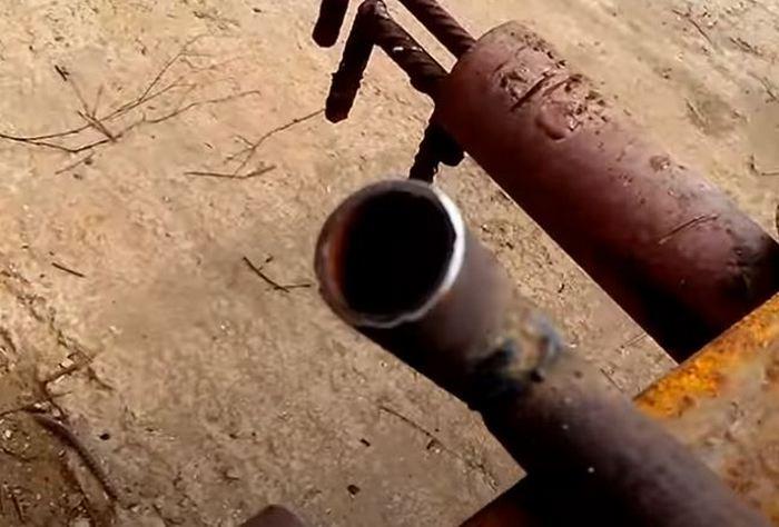 Делаем ручку. /Фото: youtube.com.