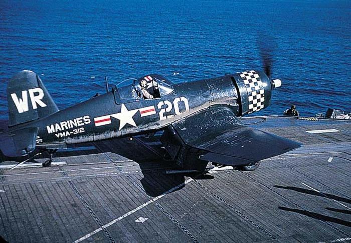 А вот в бою самолет оказался не слишком эффективен. /Фото: asisbiz.com.