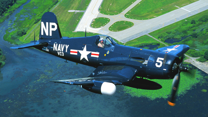 F4U «Корсар»: мощный истребитель Второй мировой войны, который не выдерживали крылья
