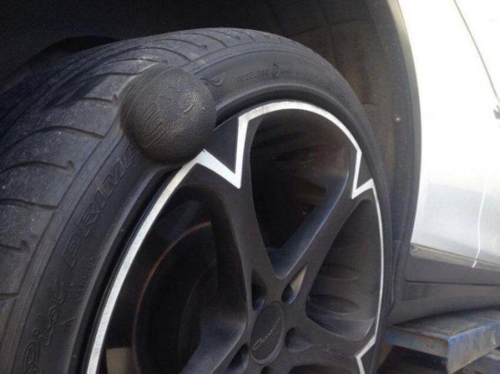 Грыжа на колесе указывает на наличие серьезной поломки. /Фото: nevsedoma.com.ua.