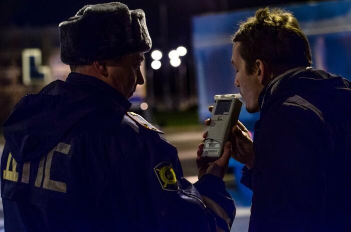 Проверка на алкоголь дело важное. /Фото: bezformata.com.