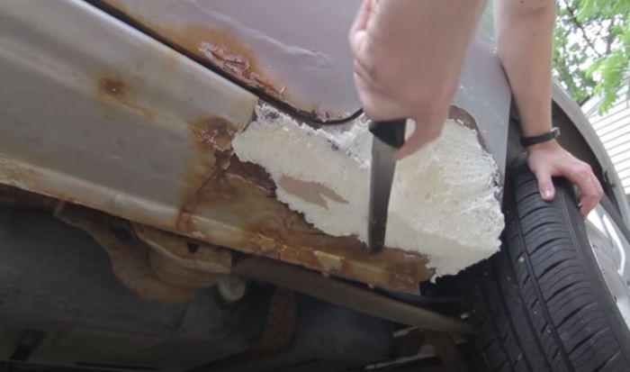 Обрезаем лишнее, как засохнет. /Фото: youtube.com.