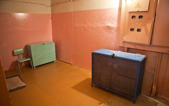 Можно поставить ящик в тамбуре. /Фото: фазенда.рф.