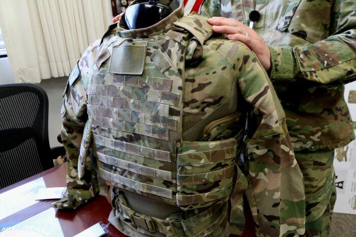 Бронежилеты бывают очень разные. /Фото: veteranstoday.com.