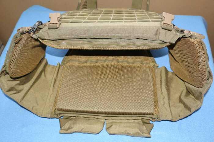 Каждый бронежилет состоит из нескольких основных компонентов. /Фото: forum.guns.ru.
