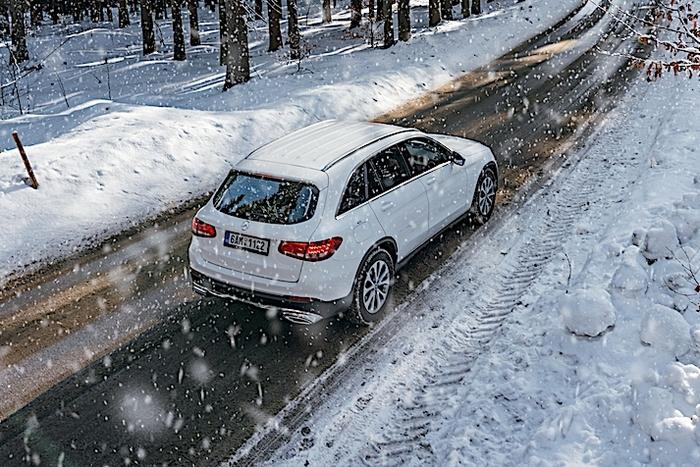 Главная опасность - разные поверхности под колесами. /Фото: quotidiano.net.