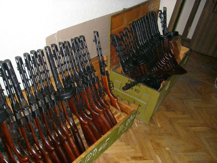 Огромное количество оружия Второй мировой войны просто отдали. /Фото: forum.guns.ru.