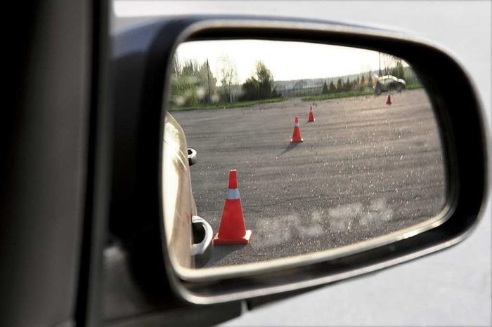 Зеркало - лучших друг. /Фото: drive2.ru.