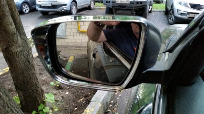 С зеркалом придется поработать. /Фото: drive2.ru.