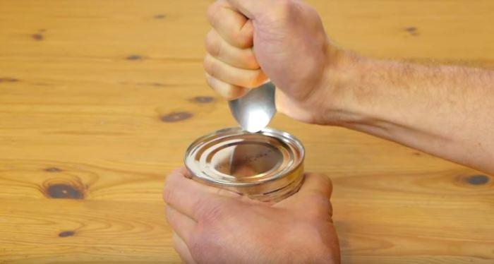Начинаем жать. /Фото: youtube.com.