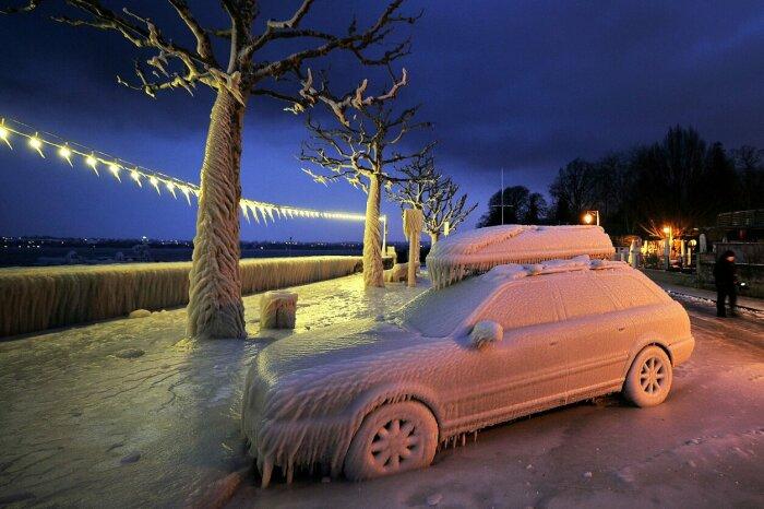Стартовать замерзшим авто - не лучшая идея. /Фото: 1gai.ru.