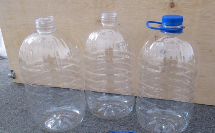 Берем новую бутылку. /Фото: okru.ru.